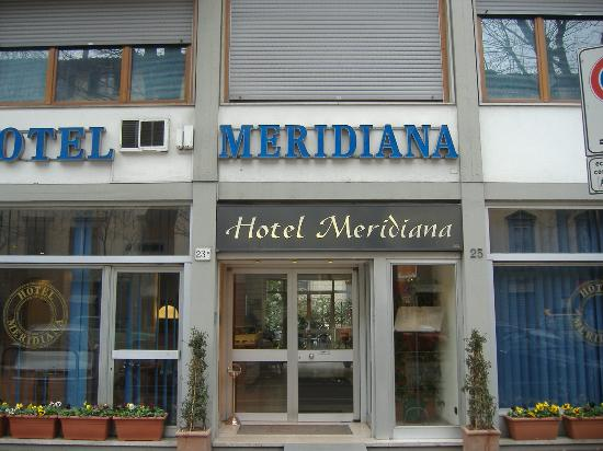 Hotel Meridiana : View of front of hotel