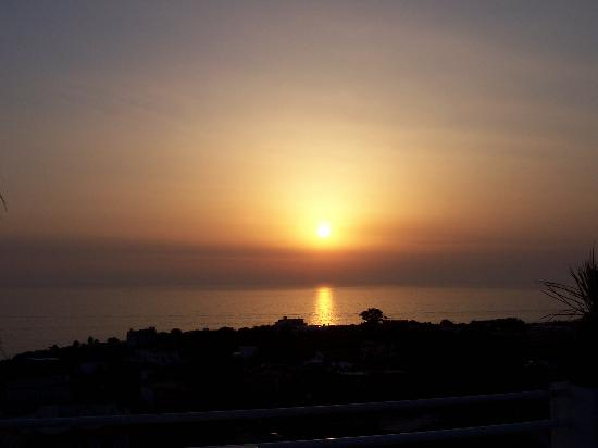 Ischia, Italia: sunset as seen from roof terrace