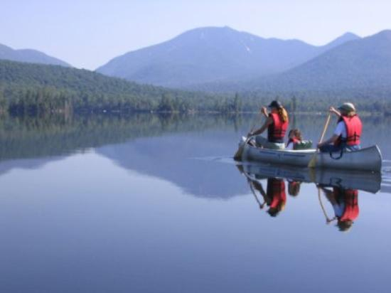 Elk Lake Lodge : canoe on Elk Lake