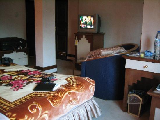 Simorgh Hotel: Room