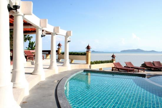 Banburee Resort & Spa: Pool View