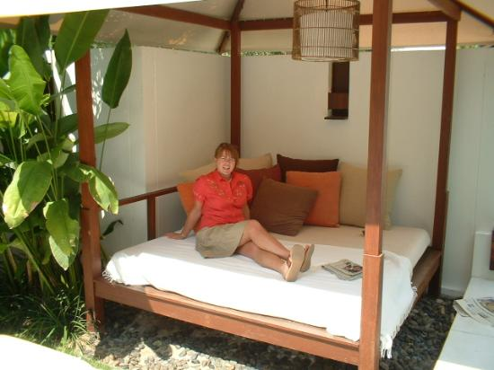 SALA Samui Choengmon Beach Resort: Day Sala - in Villa's private garden