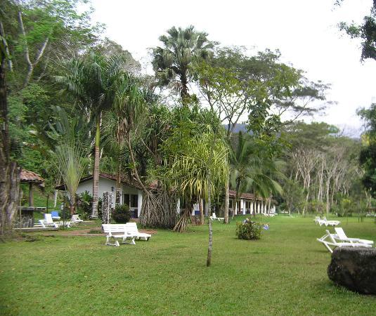 Hotel Villa Lapas: The Better Rooms Open to Gardens