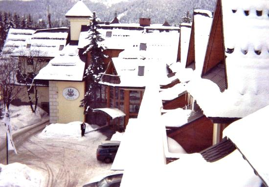 Belvedere Hotel: Another view from another bedroom window