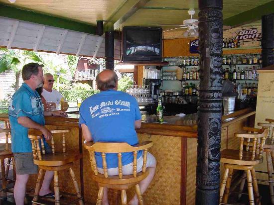 Hotel Molokai: Hula Shores Bar