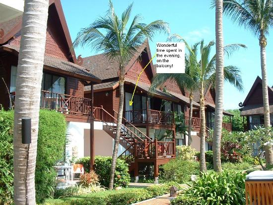 Amari Koh Samui: Outside View of Thai Hut.