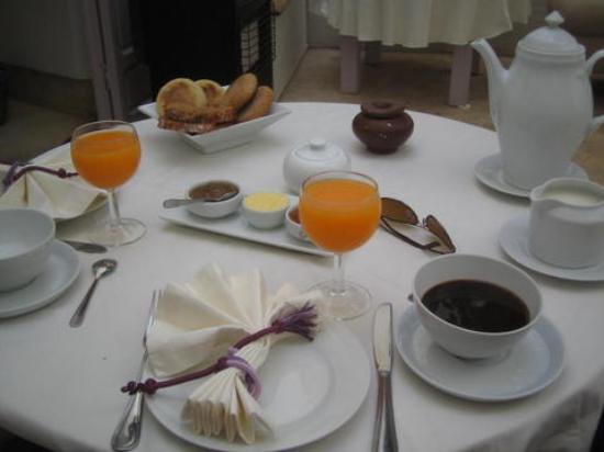 Dar Soukaina: breakfast