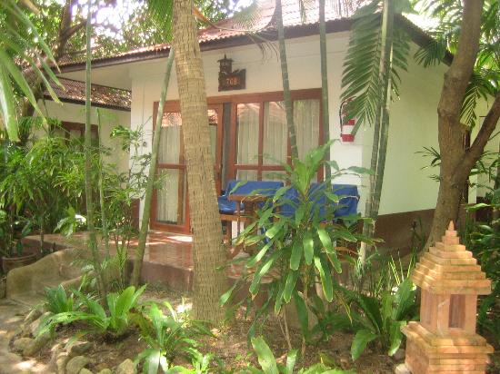 Chaweng Buri Resort : Our room