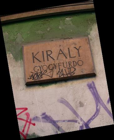 Kiraly Baths : Name on front of building