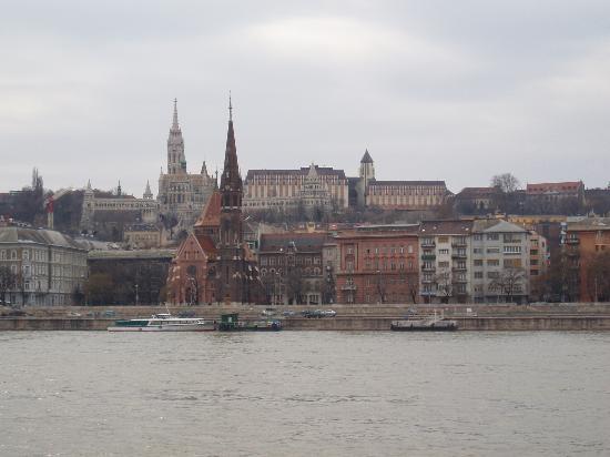 Hilton Budapest: Hilton & Matyas church taken from river cruise boat