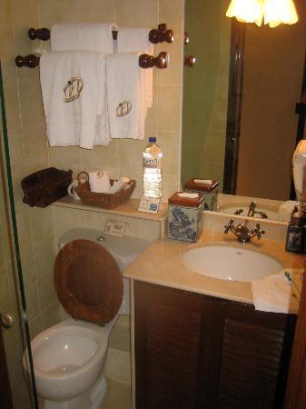 Pousada de Mong-Ha: Bathroom #1