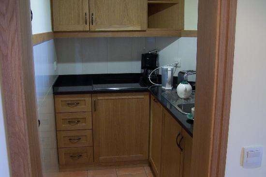 The Residence: Kitchen - snug!