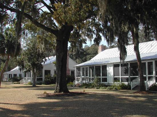 Montage Palmetto Bluff: Cottage Exterior