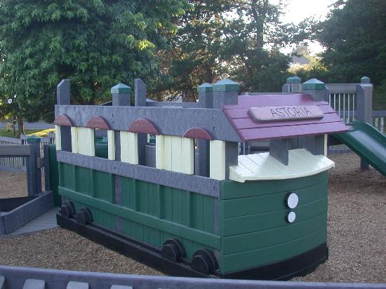 Astoria, OR: Replica of the Trolley at Tapiola Park