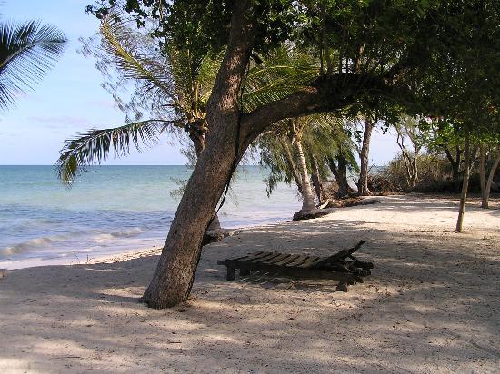 Kinondo Poa: A quiet beach