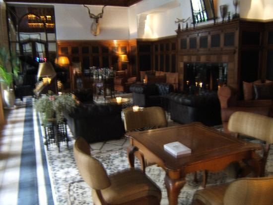 L'Heure Bleue Palais: lounge bar