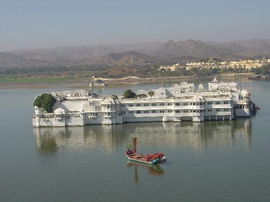 Taj Lake Palace Udaipur: Absolutely Gorgeous!