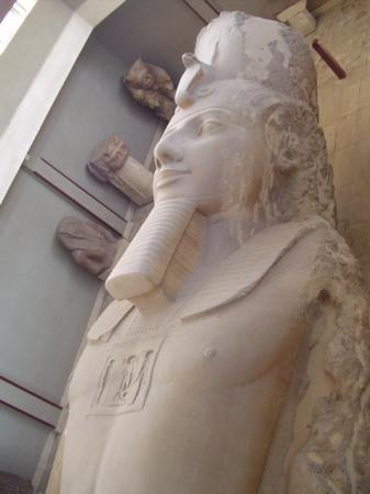Ramses-Statue