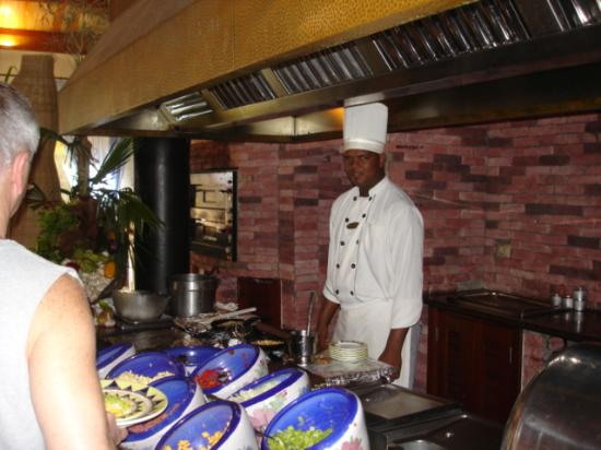 Excellence Punta Cana: Felix making omlettes..he's the best