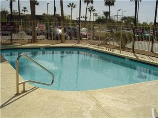 Residence Inn Phoenix Chandler / Fashion Center: Pool - Residence Inn Chandler