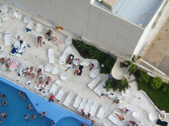 Hotel Casa Inn Acapulco: POOL FROM OUR ROOM
