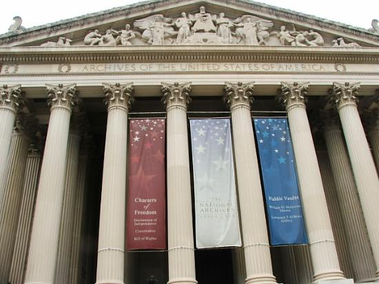‪The National Archives Museum‬