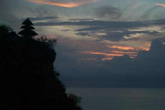 Four Seasons Resort Bali at Jimbaran Bay: Nearby temple