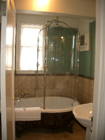 Abigail's Hotel : The shower in our room