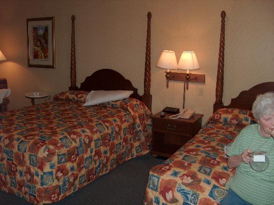 شولار إن بيجون فورج: Room 163 (2)