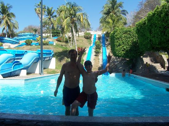 Gran Festivall All Inclusive Resort: playing at the water slides