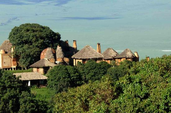 andBeyond Ngorongoro Crater Lodge: Crater Lodge from Main Road