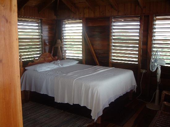 Coral Cove Resort: Bedroom of the Docter Bird