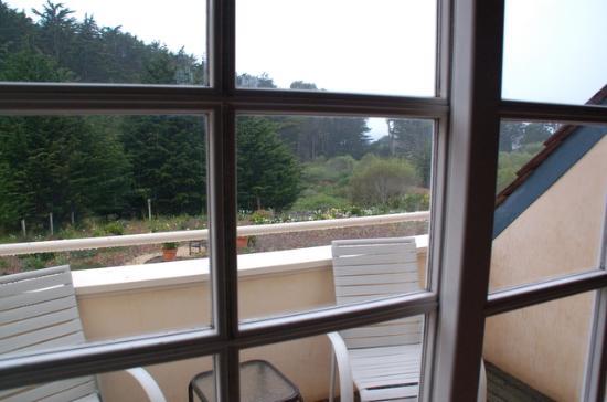 Seal Cove Inn: Cypress Suite balcony