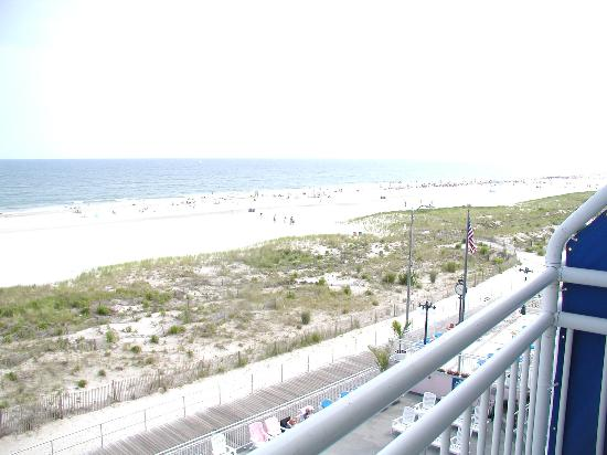 Port-O-Call Hotel: view from 3rd floor (camera whited out the ocean)