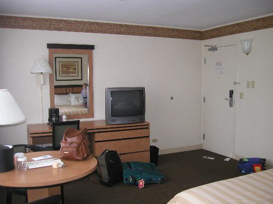 Best Western River North Hotel: Inside King room