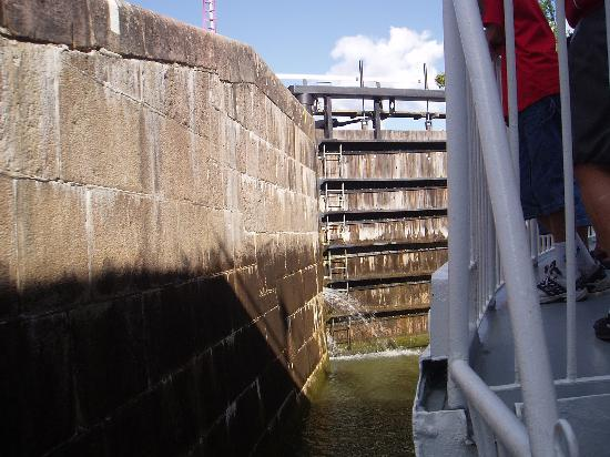 Uppsala County, Szwecja: In one of the locks