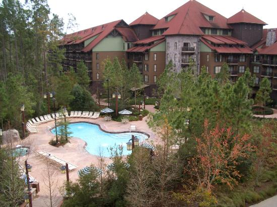 Disney's Wilderness Lodge: Pool & Jacuzzi view from room