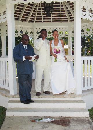 Sandals Negril Beach Resort Spa Wedding Gazebo