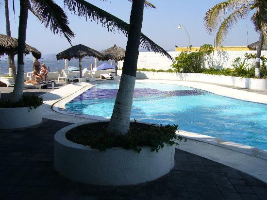 Hotel Barra de Navidad: lovely pool