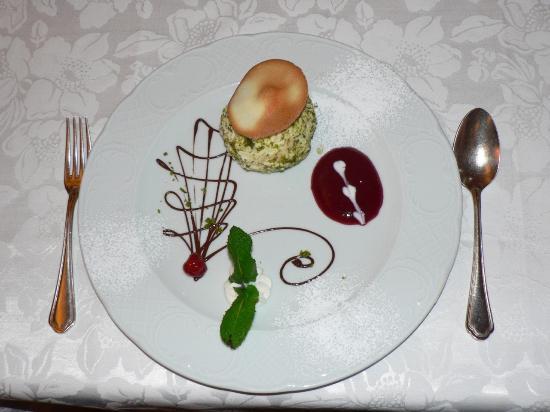 Hotel Lorenzetti: Delicious Desserts