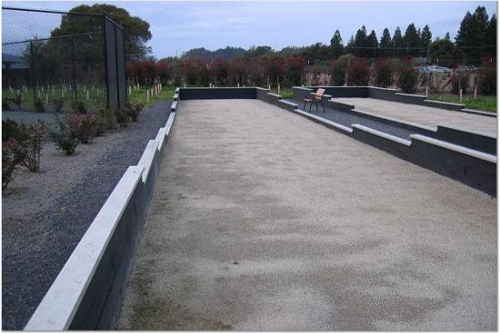 Honor Mansion, A Wine Country Resort : Bocce Courts Out Back