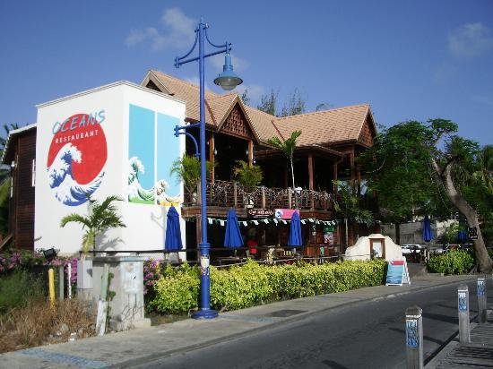theme night picture of divi southwinds beach resort christ church rh tripadvisor com