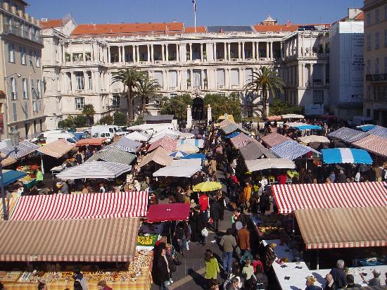 Nicea, Francja: The outdoor market in Nice.