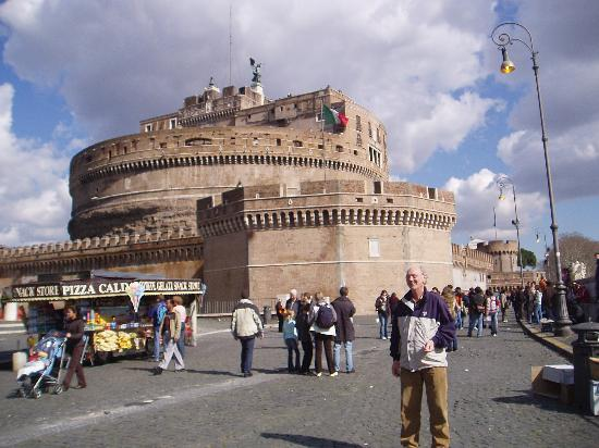 Fort St Angelo By The River Tibern Near The Vatican