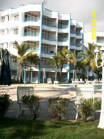 Hotel Costa Larimar: JARDIN INTERIOR