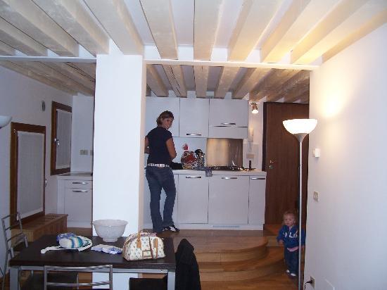 Ca' del Pozzo : Kitchen