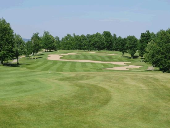 The Quest Golf Club: The infamous #9 bunker