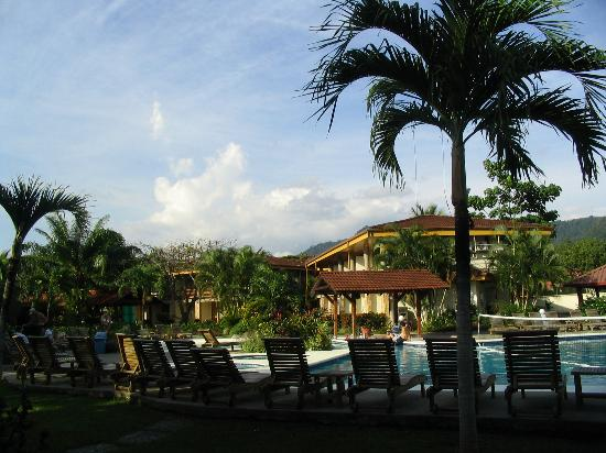 Hotel y Casino Amapola: picture of the grounds