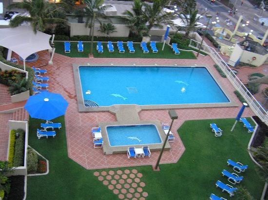 Gardens - Picture of Paradise Centre Apartments Surfers ...