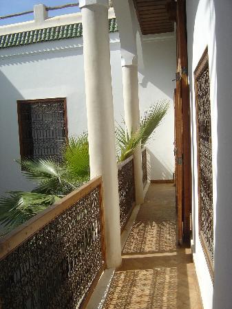Riad l'Orangeraie: second floor of riad